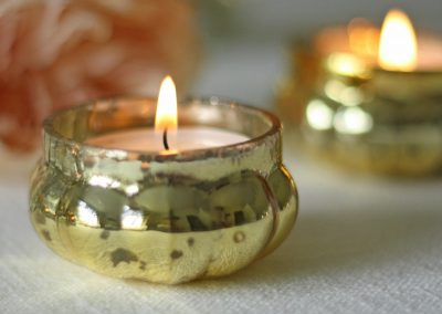 gold_floating_tea_light_holders_2