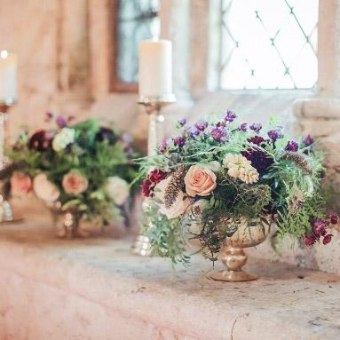 gold_footed_bowl_wedding_centrepieces